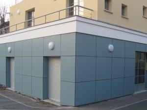 Habillage de façade en panneaux composites Trespa
