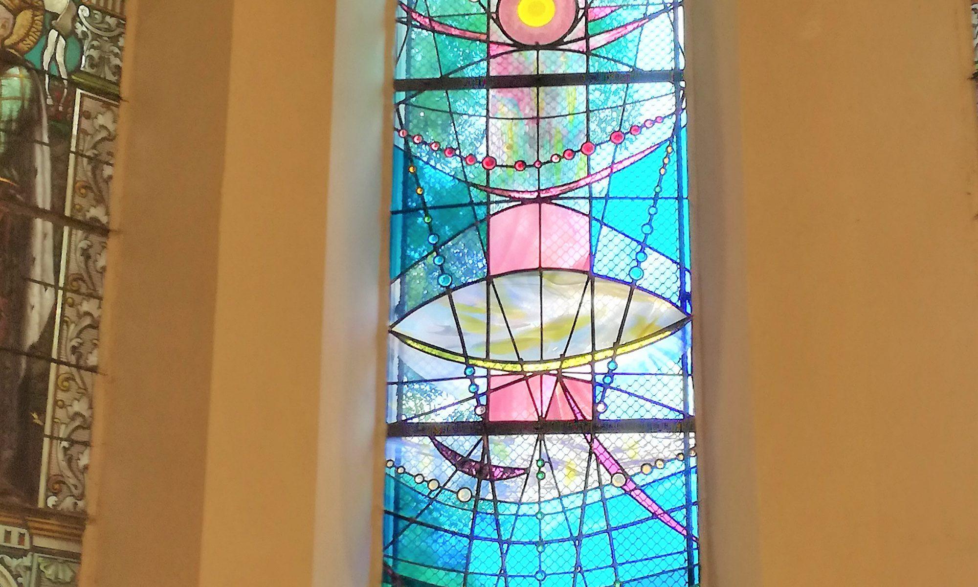 Creation et pose de vitraux contemporains ou traditionnels