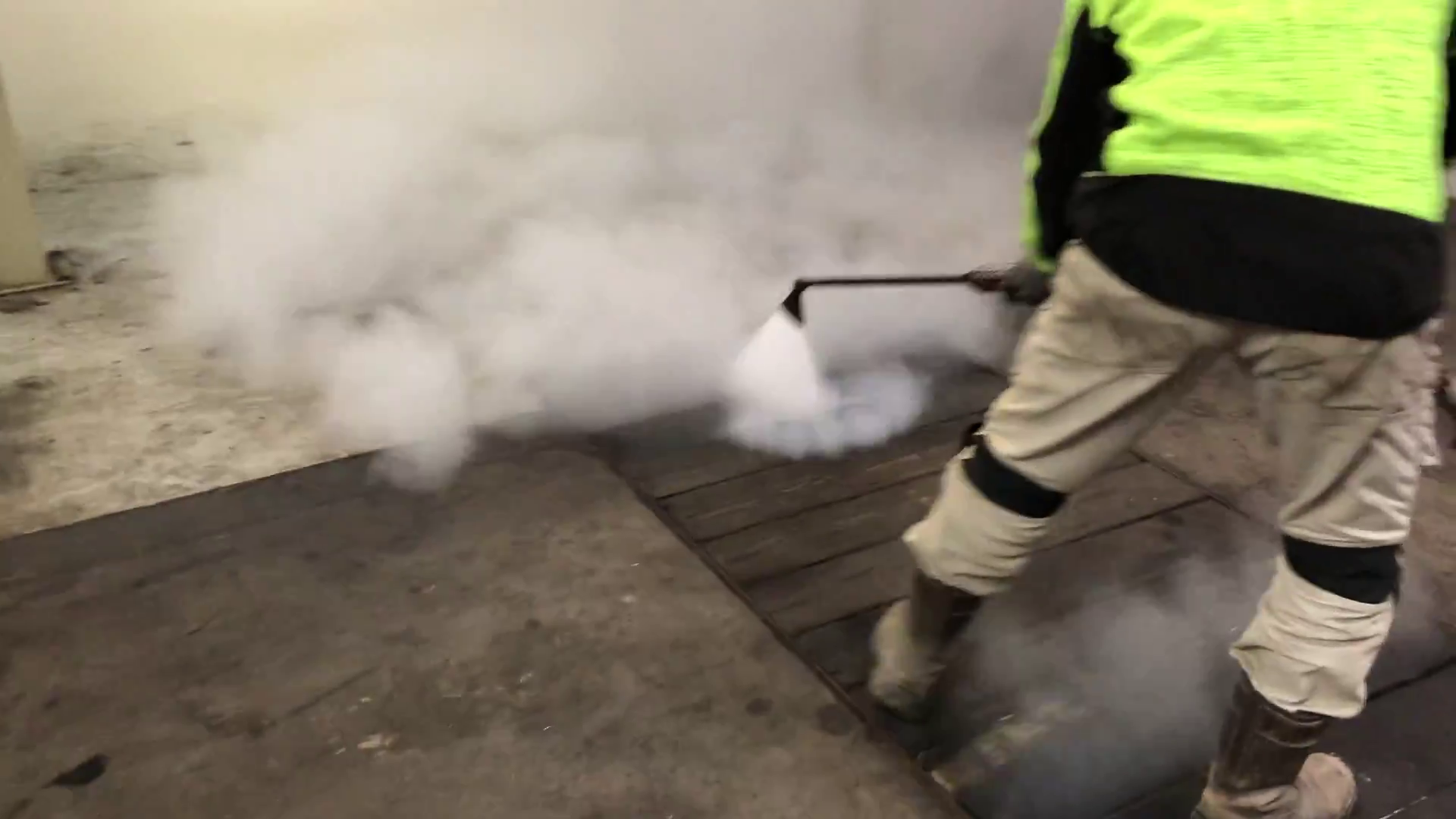 Nettoyage écologique grâce à la vapeur sèche salmonlux